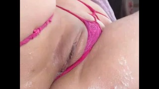she cums on webcam with an amazing orgasm!