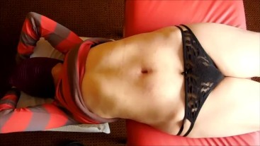 playing with my girlfriend's bare belly finger navel likes to feel it deep down Fantasy of Paula