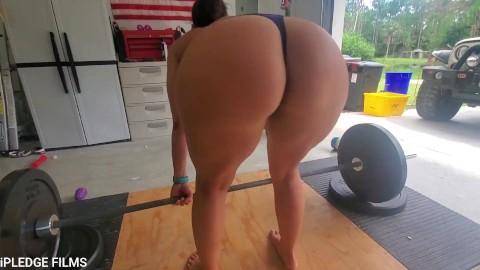 Naked women workout videos