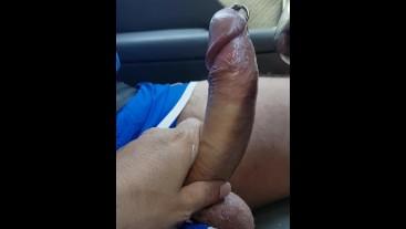 Haciéndole una paja al conductor