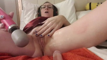 Female Solo Orgasm and Pee Squirting with Doxy Wand. Essex Girl Lisa