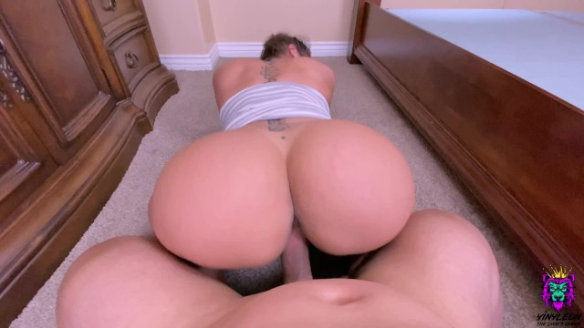 Download 'Big Ass Amateur Latina wastes no time when it comes to fucking.' with PornhubDownloader