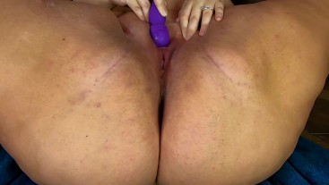 Big tan tits squirts with vibrator