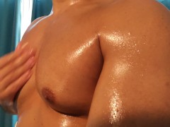 Oiling and worshipping my big pecs makes me moan hard