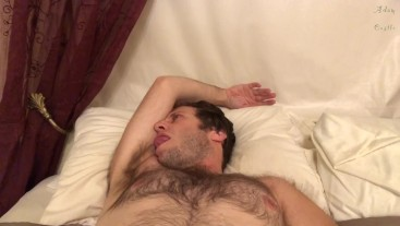Hairy Dude Gives His Own Pits A Licking