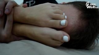 色情管 - 温迪寒冷的小脚需要注意 小脚 赤脚