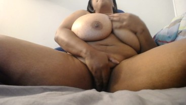 BBW Playing with her wet pussy|sky1978