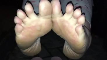 I love teasing all you foot boys