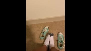 Converse foot play