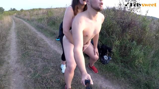 Peliculas porno de bondage lesbico en publico Sexo Publico Con Arnes Cerca De La Carretera Subtitulos En Ingles Pornhub Com