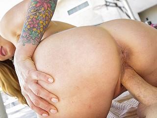 MilfTrip Horny MILF Crystal Taylor Cums On Hard Dick free porne