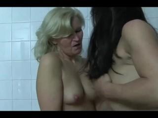 XSTREAM LESBIAN MASQUED BALL PISS - PISSING SEX PISS FUCK PISS DRINKING SEX
