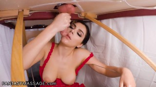 FantasyMassage-Valentina-Nappi-Hides-To-Give-The-Client-A-Hard-Handjob-and-Blowjob