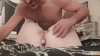 eating out pussy & ass