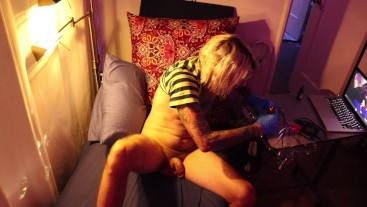 Tattooing Myself, Jerking Off & Playing Tunes – What are you doing in Quarantine?