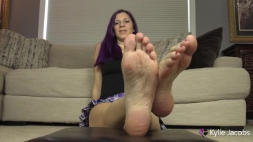 Stroke and Cum on My Feet - Kylie Jacobsx