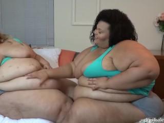 SSBBW Jae and Brianna Pregnant Belly Rubbing