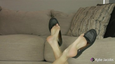 Feet Up Loafer Shoeplay - Kylie Jacobsx