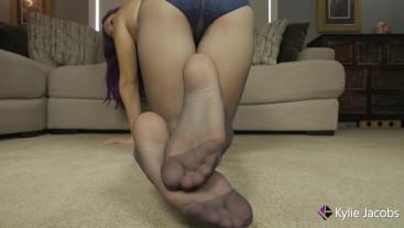 Pantyhose Feet Behind Me - Kylie Jacobsx