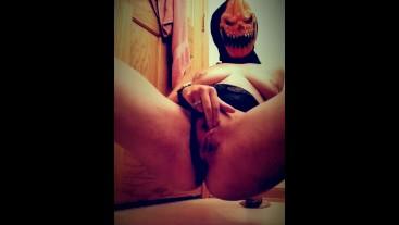 Hail to the Pumpkin Queen