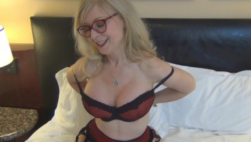 Banging MILF porn legend Nina Hartley