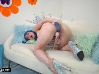 BANG Surprise – Blue Haired Princess Masturbating For You