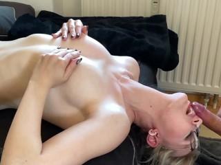 DEUTSCHE Blondine HARDCORE in die KEHLE GEFICKT - Deepthroat - Fotze Lecken - Sperma ins Gesicht