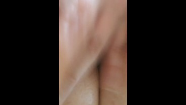 Squirting Pussy Dripping Loads Of Cum