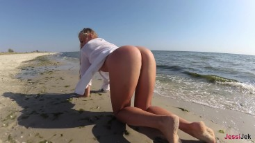 Romantic Sex On The Beach Of A Young Couple ,Passionate Fucking And Deep Blowjob JessiJek