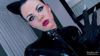 Catwoman: The Cat's Claw Preview - Young Goddess Kim