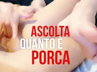 Si masturba con il mio cazzo in culo! (DIALOGHI ITALIANO) Un cazzo duro che sfondi la fica e il culo