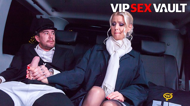 FuckedInTraffic - BIG CHRISTMAS PACKAGE! Lynna Nilsson Swedish Babe Hot Car Sex - VIPSEXVAULT