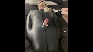 Суб Дразнили И Пощекотали В Рабстве Спальный Мешок - Полная длина порно видео