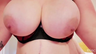 MILF loves playing with her huge breasts. Bounce, nipple pinches, licks. U like? -Stacey38G