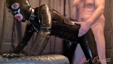 Slut-Orgasma Celeste fucked by a user in sexy black latex