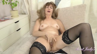 AuntJudys HOLIDAY CHEER & Stockings with 39yo FullBUSH AMATEUR Euro-MILF Olga