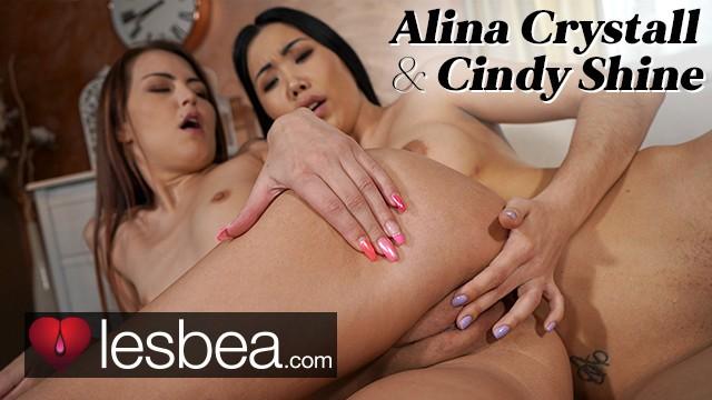 Lesbea Cindy Shine and cute Asian Alina Crystall lesbian facesitting orgasm
