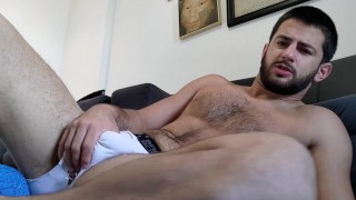 Películas porno gratis - Qué Es Un Verdadero Alfa? - Semental Dominante De Pecho Peludo