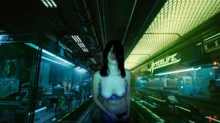 Cyberpunk Milf sexy est rentré dans afterlife