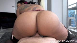Jules Jordan – Dominican Babe Mary Jean Shows Off Her Voluptuous Curves