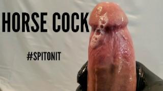 热性色情 - 吐上它巨大的怪物公鸡抽搐在慢动作与射液从