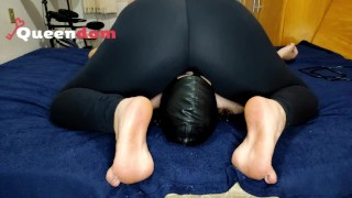 Chastity and facesitting night – part 1 – leggings smothering