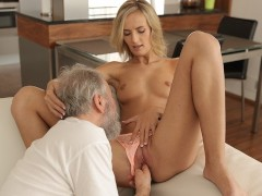 Old4k. Super Hot Tea And Sensuous Bang-out Is How Teenage Commences Day With Elder Husband