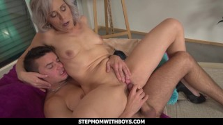 StepmomWithBoys – Sexy Stepmom Gets A Reward For Cleaning