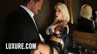 Blonde Chloe Lacourt quickie in ladies room