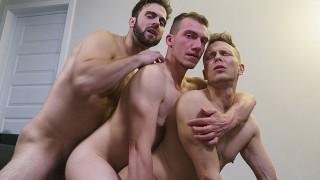 热性爱管 - Say Uncle 特别电影在他们观看时将异性恋男孩变成同性恋