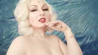 Naked Arya Grander selfie video