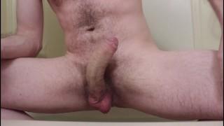 Kciuki porno - Kurwa Moją Zabawkę W Wannie Moim Wielkim, Włochatym Zakrzywionym Kutasem