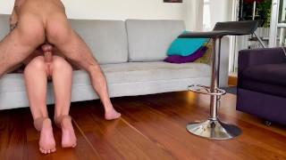 Секс бесплатно - Angel Emily Étudiante Mince Se Fais Squirter Par Le Cul, Se Le Fait Défoncer Et Remplir
