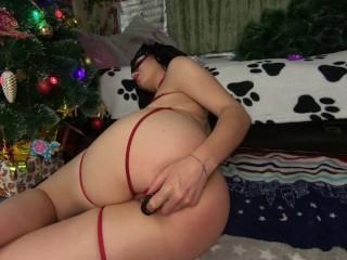 Stunning Perfect Ass Slut Masturbates In Front Of Cam